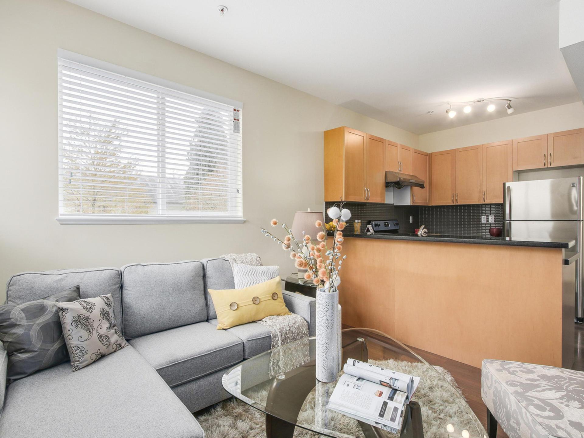 6 at 219 - 5155 Watling Street, Metrotown, Burnaby South