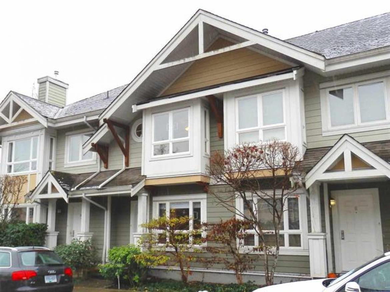 9 - 915 Tobruck Avenue, Hamilton, North Vancouver