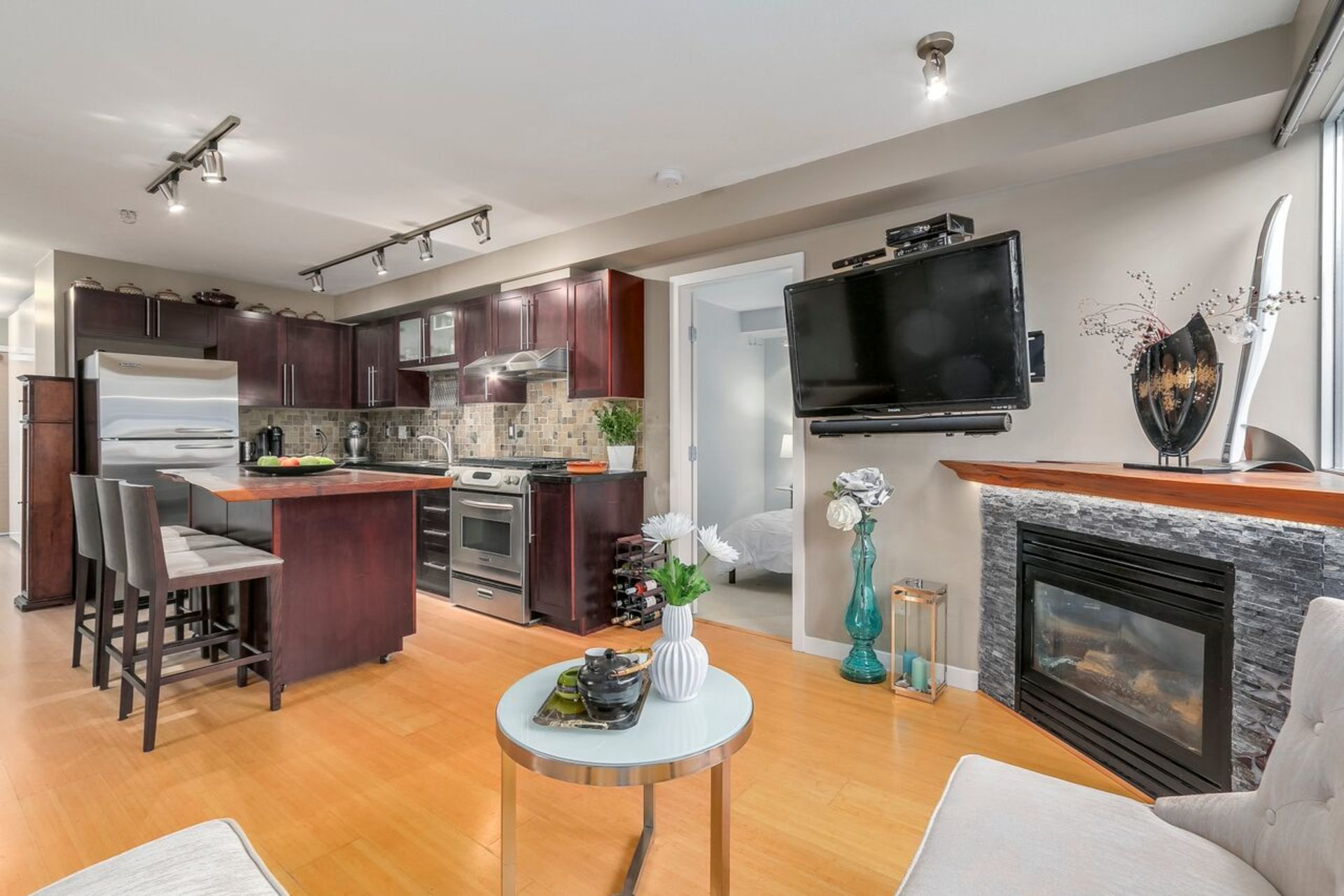 6_preview at 210 - 122 E 3rd Street, Lower Lonsdale, North Vancouver