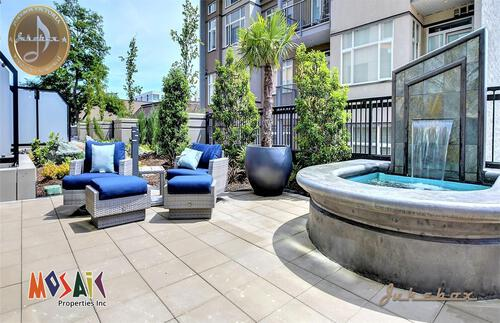 2019_08_05_08_04_44_b_patio12 at 1029 View Street, Downtown, Victoria