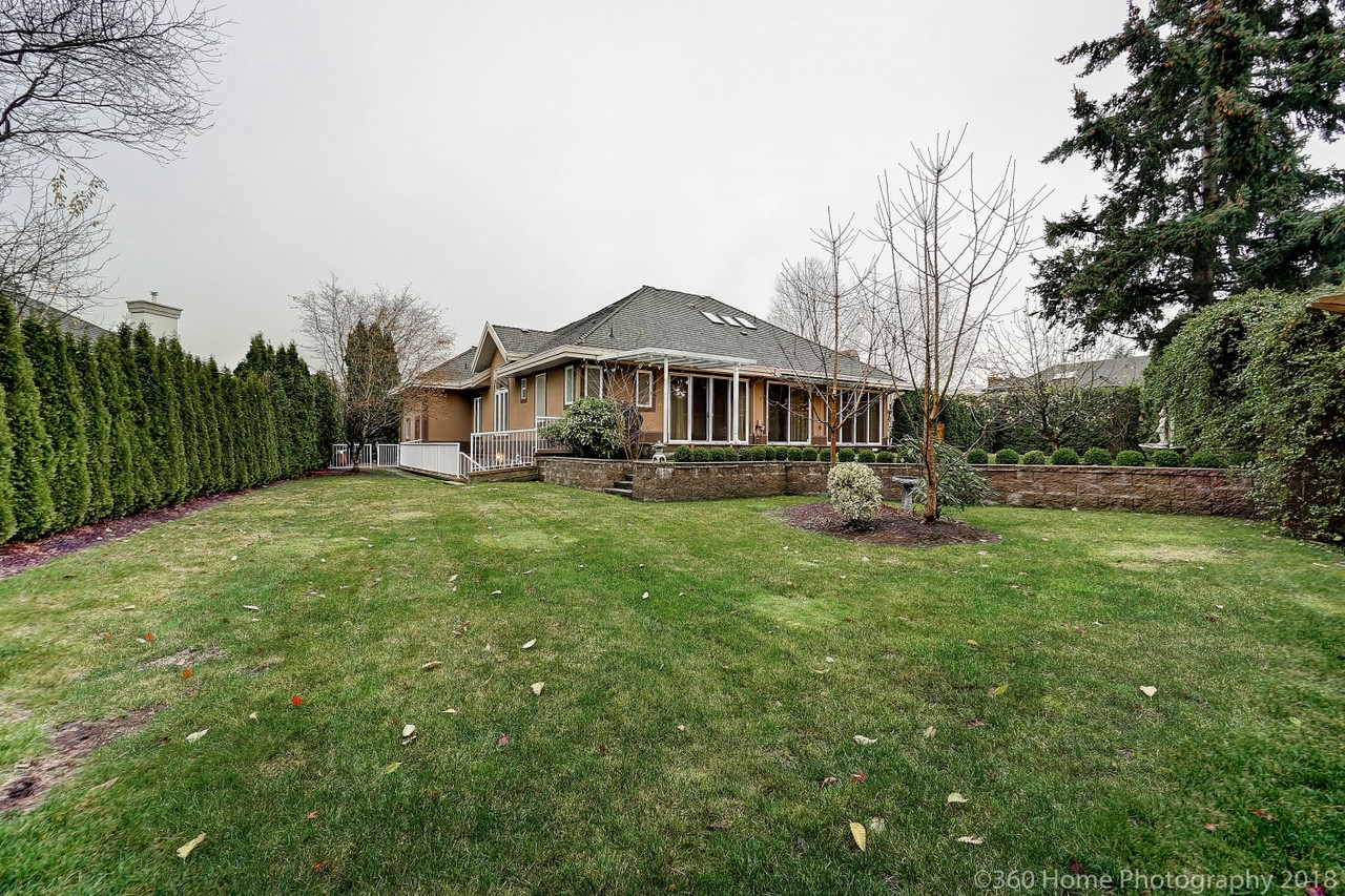 a811302-2 at 2305 139a Street, Elgin Chantrell, South Surrey White Rock