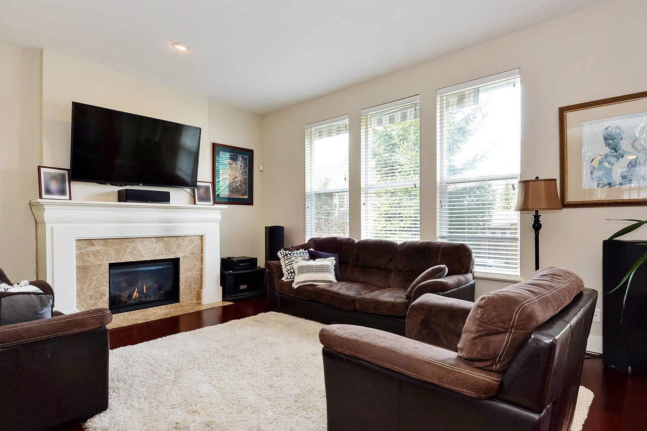 04 at 14231 36a Avenue, Elgin Chantrell, South Surrey White Rock
