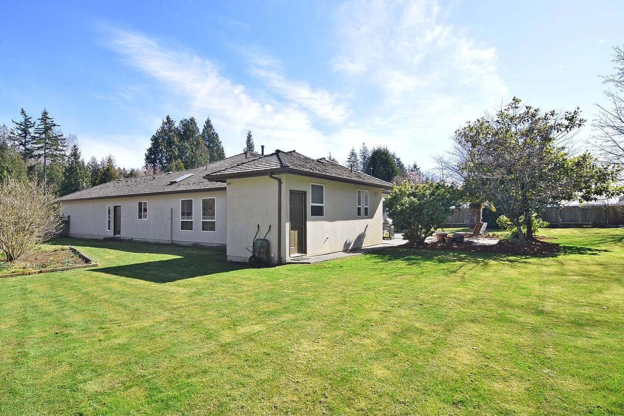 19 at 13665 17 Avenue, Sunnyside Park Surrey, South Surrey White Rock