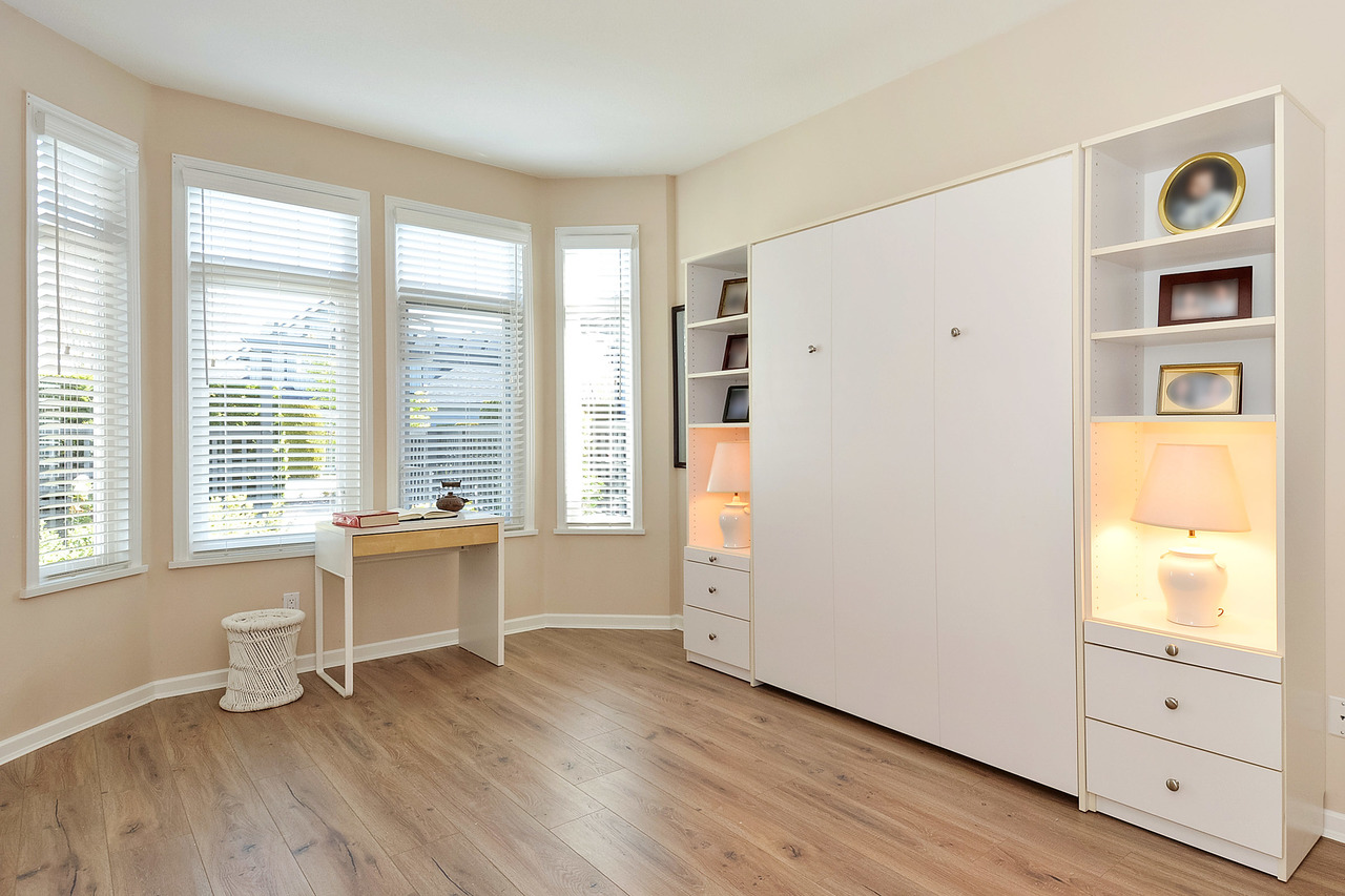 13 at 64 - 14909 32 Avenue, King George Corridor, South Surrey White Rock