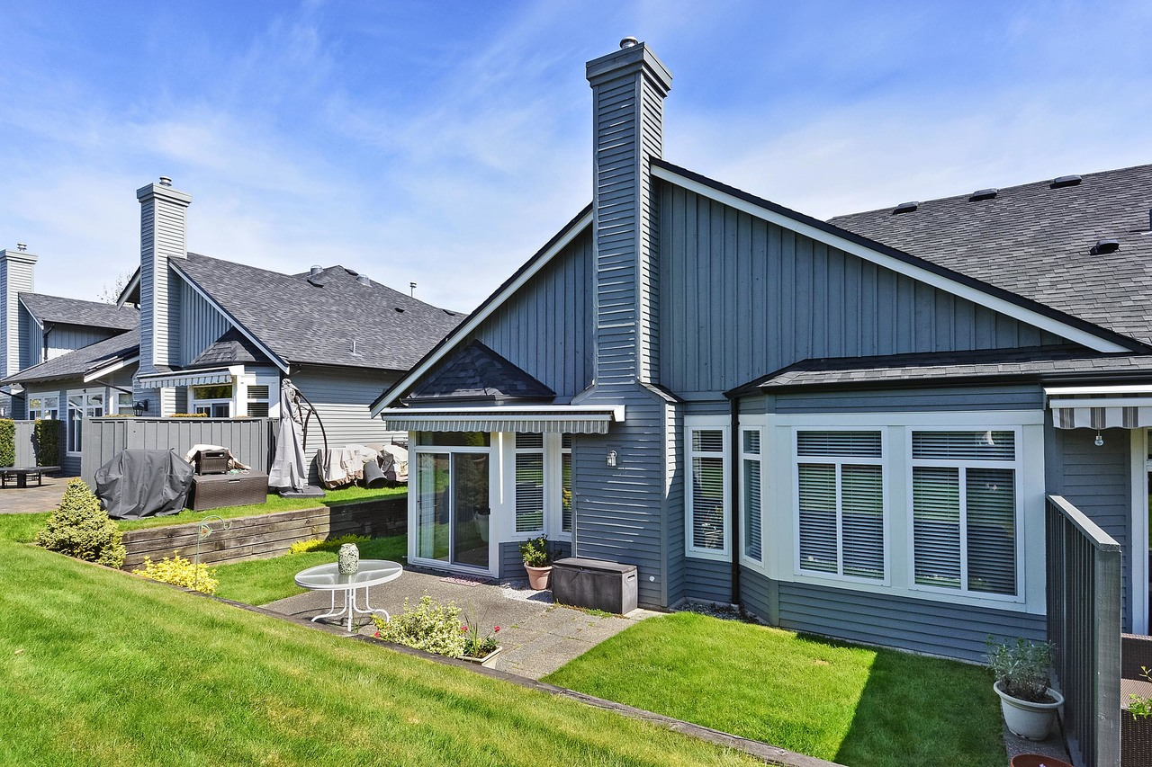 19 at 64 - 14909 32 Avenue, King George Corridor, South Surrey White Rock