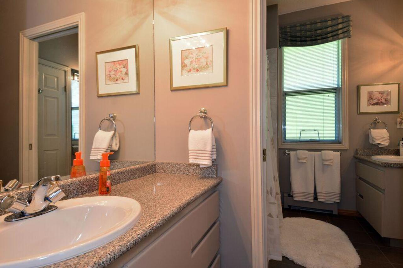 cheater bathroom at 2968 Northcrest Drive, Elgin Chantrell, South Surrey White Rock