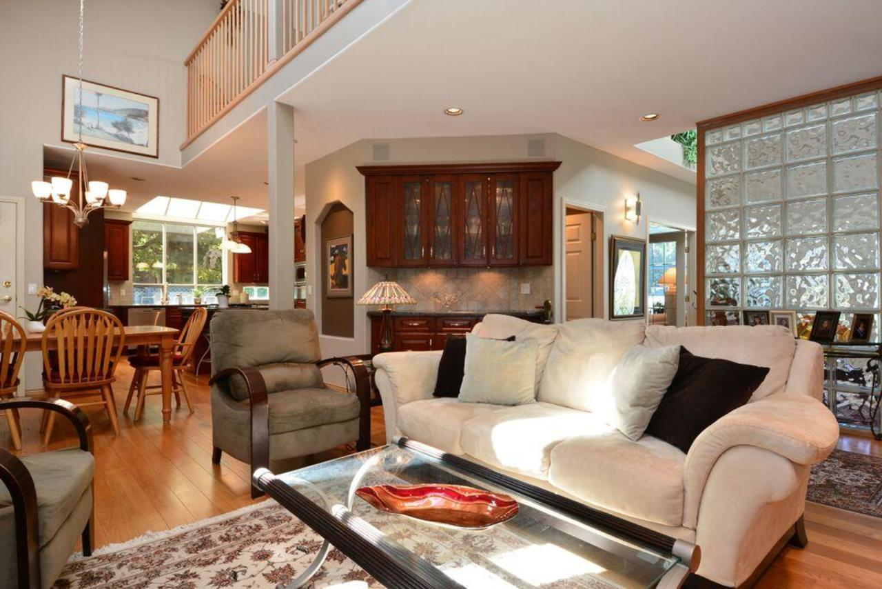 family room 3 at 2968 Northcrest Drive, Elgin Chantrell, South Surrey White Rock