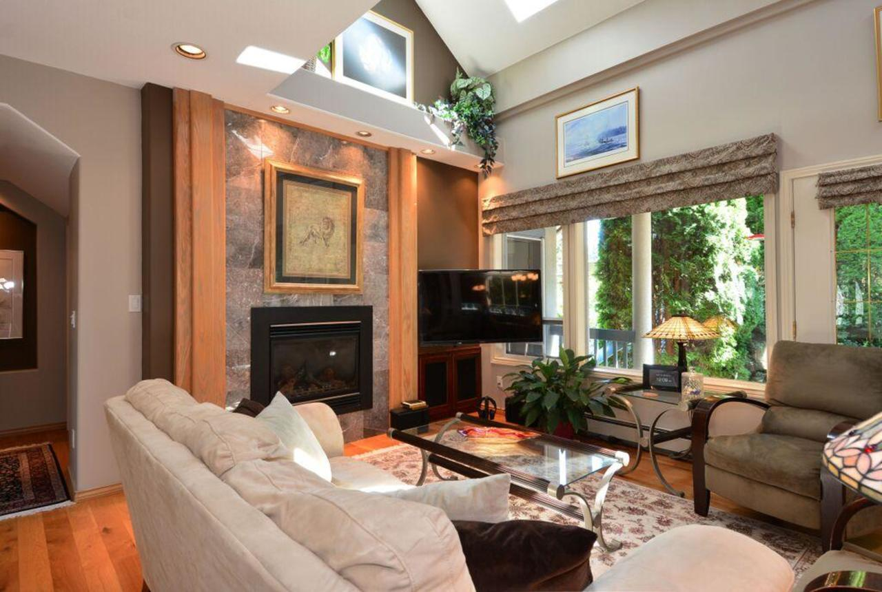 family room 4 at 2968 Northcrest Drive, Elgin Chantrell, South Surrey White Rock