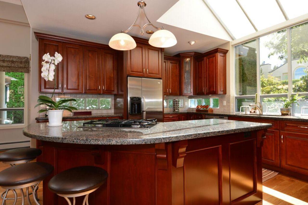 kitchen 4 at 2968 Northcrest Drive, Elgin Chantrell, South Surrey White Rock