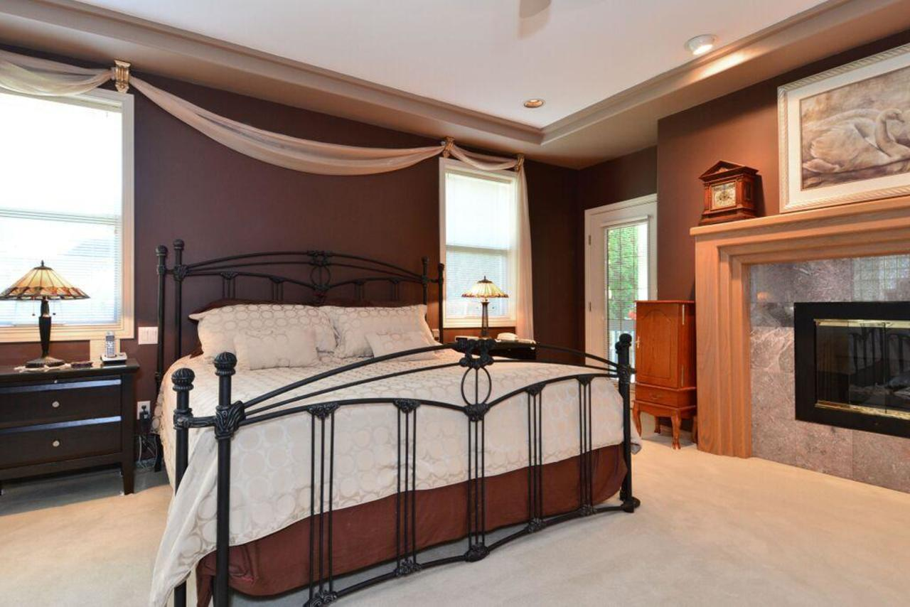 master bedroom at 2968 Northcrest Drive, Elgin Chantrell, South Surrey White Rock