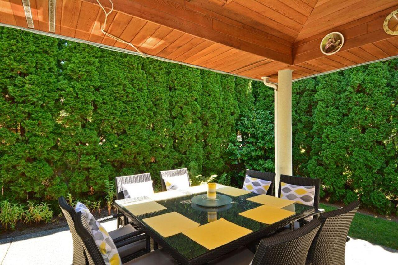 private covered patio at 2968 Northcrest Drive, Elgin Chantrell, South Surrey White Rock