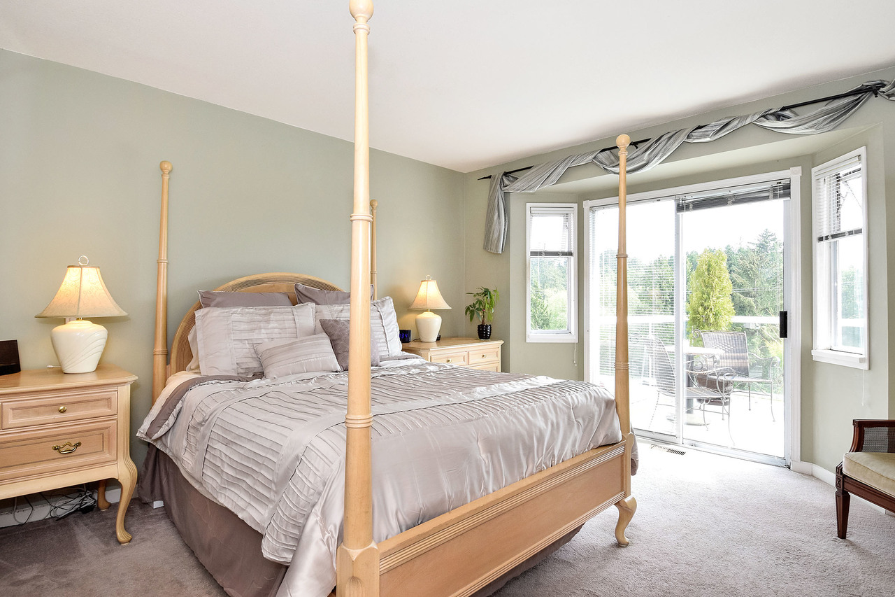 15 at 16055 8 Avenue, King George Corridor, South Surrey White Rock