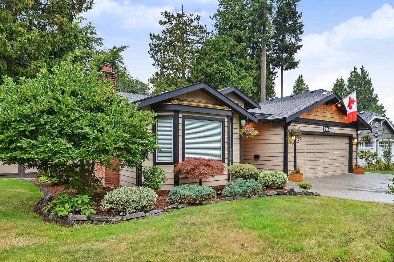 02 at 2069 Ocean Forest Drive, Crescent Bch Ocean Pk., South Surrey White Rock