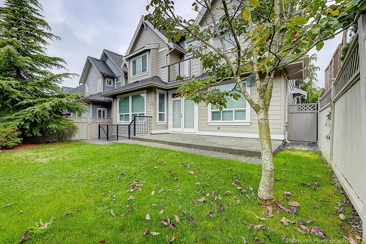 tj1-26 at 2571 162a Street, Grandview Surrey, South Surrey White Rock