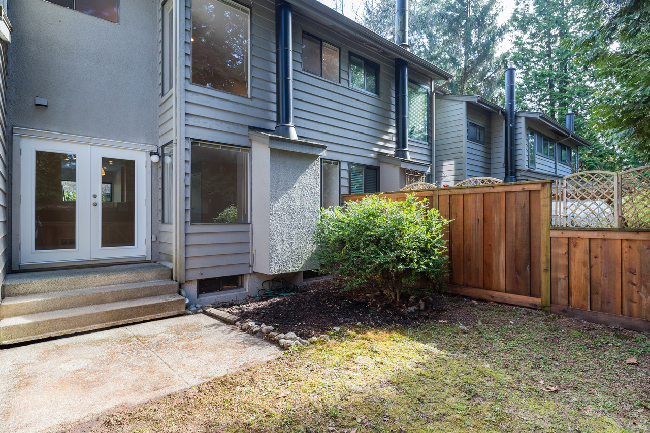 031 at 4579 Elmgrove Drive, Greentree Village, Burnaby South