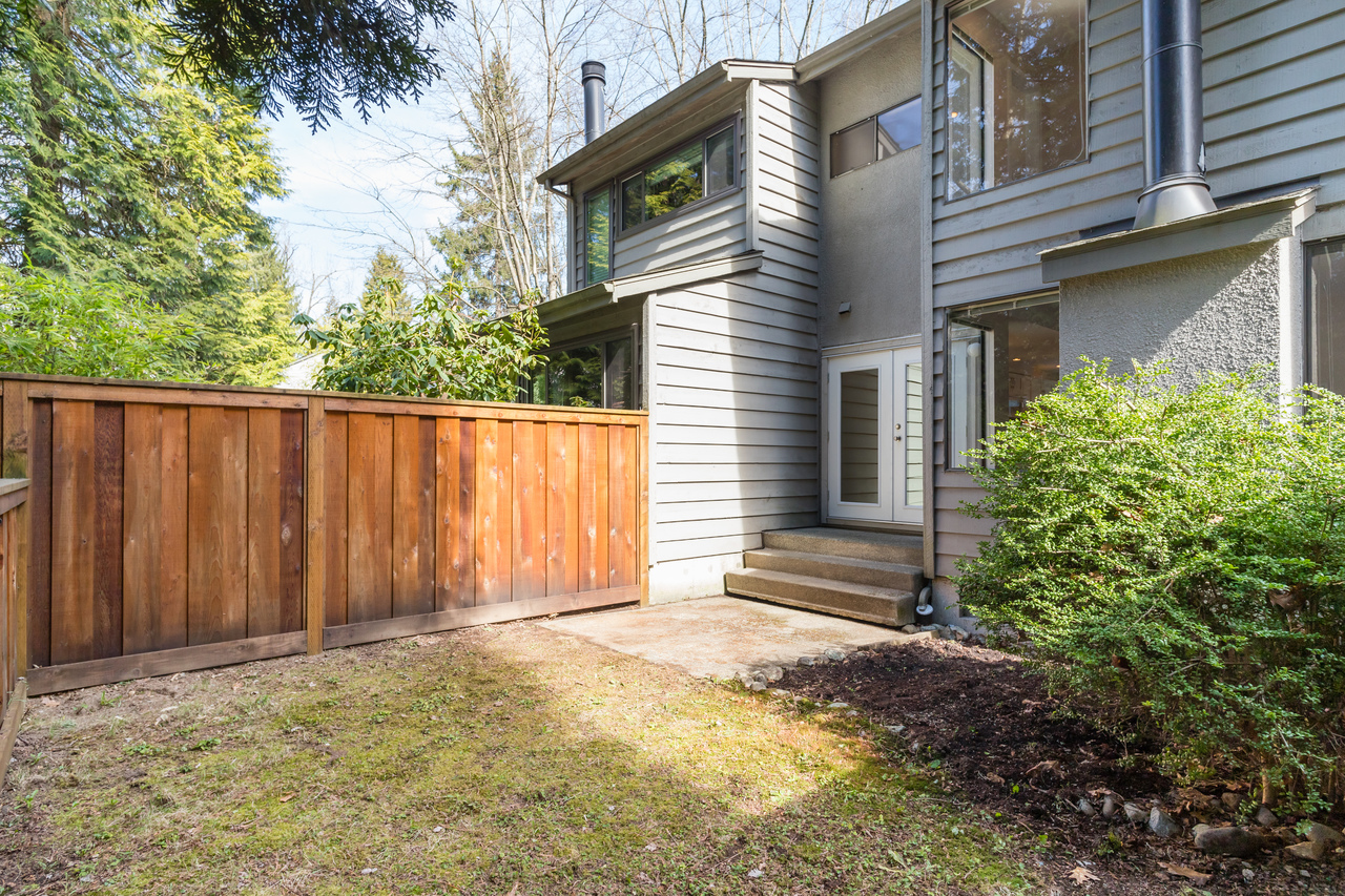 034 at 4579 Elmgrove Drive, Greentree Village, Burnaby South