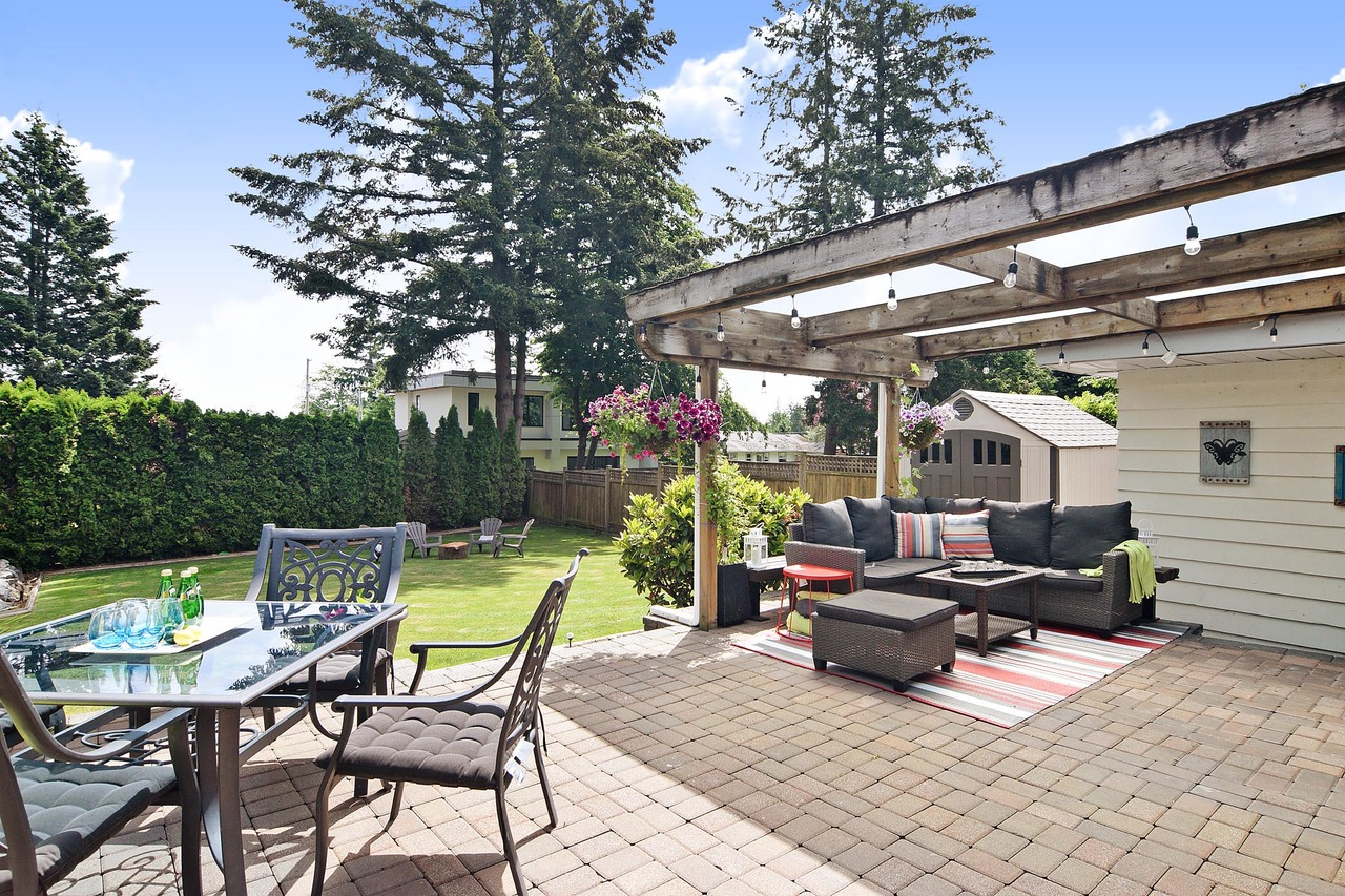 18 at 2302 153a Street, King George Corridor, South Surrey White Rock