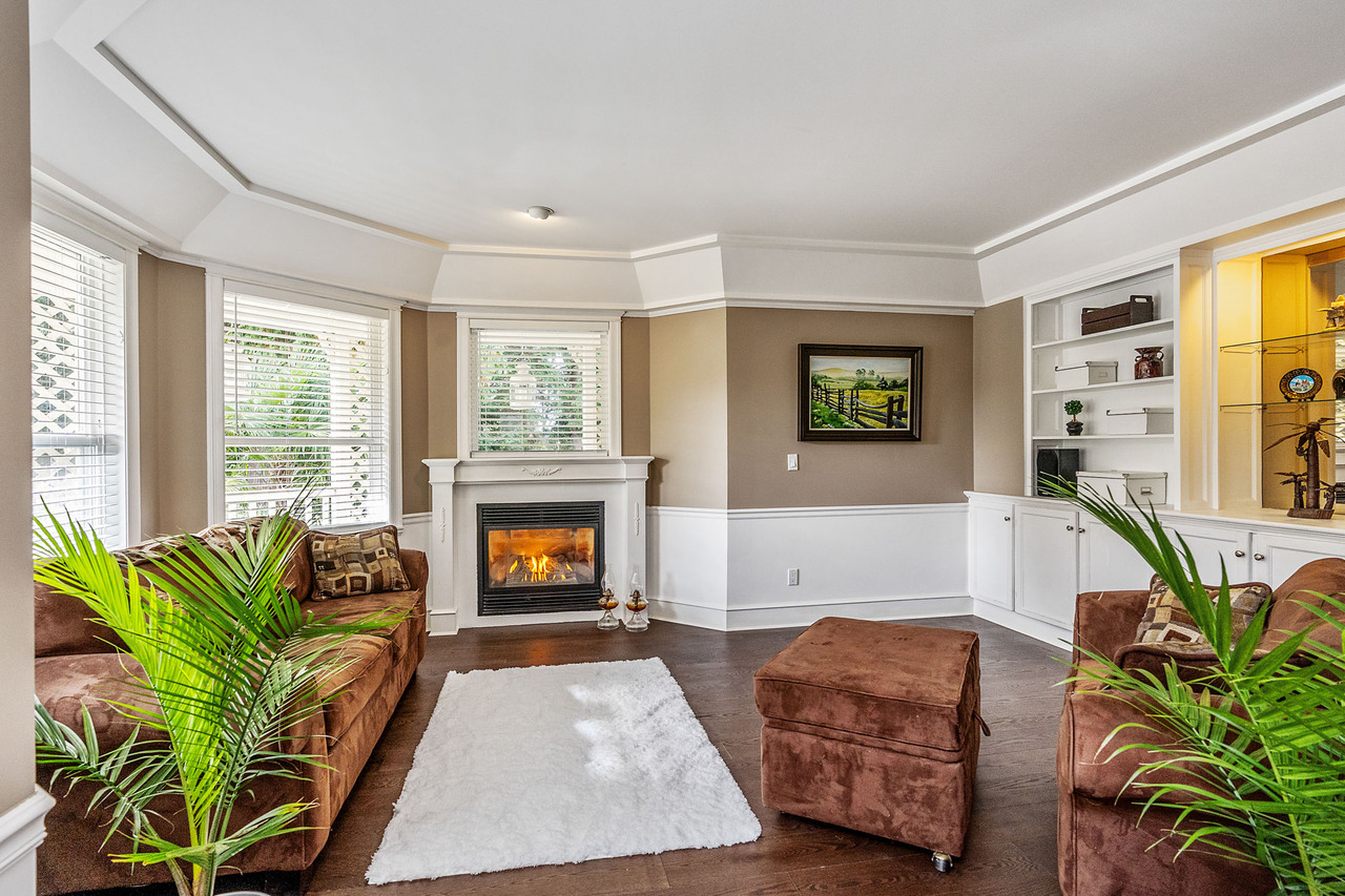 04 at 16315 9 Avenue, King George Corridor, South Surrey White Rock