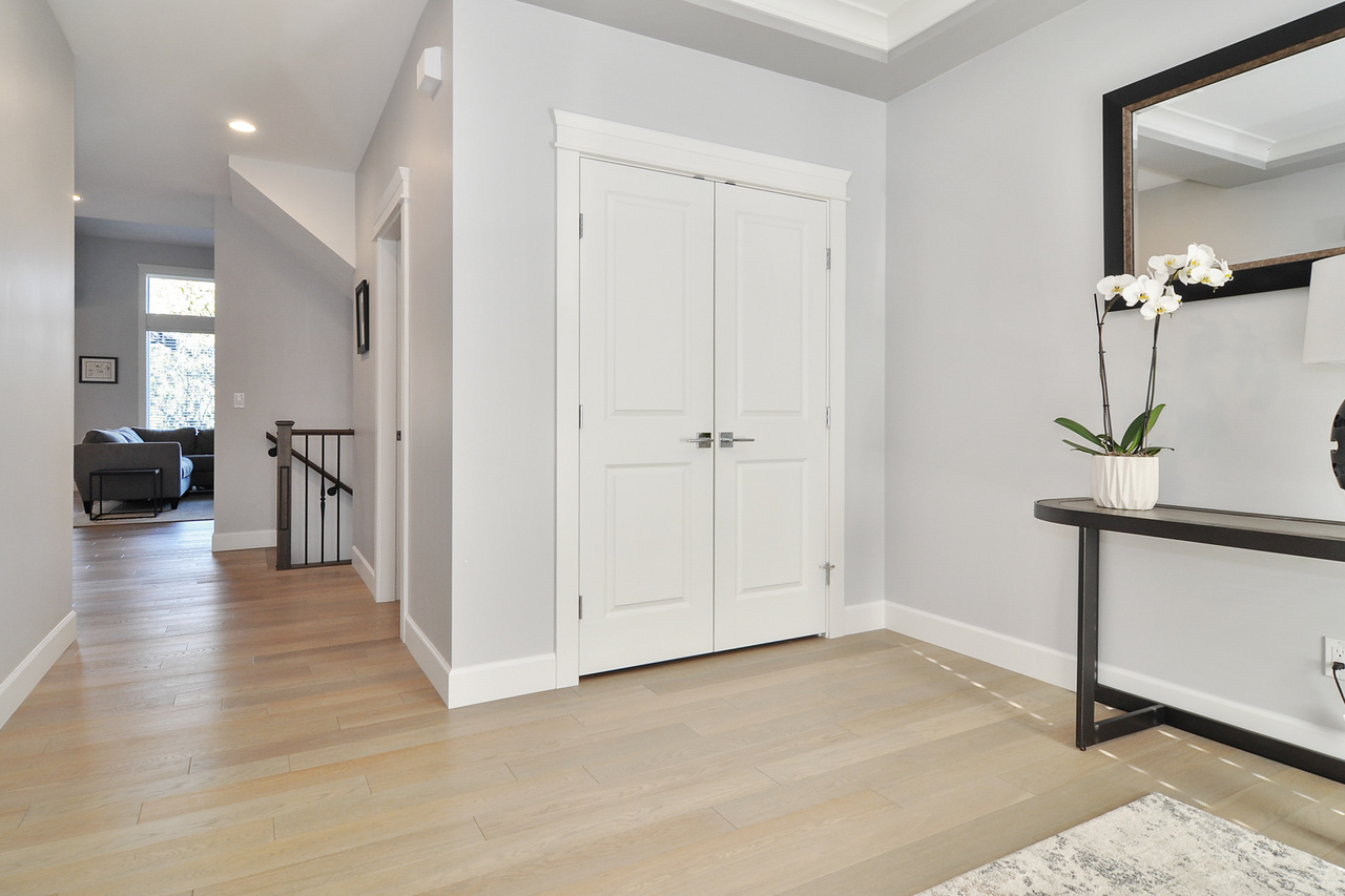 02 at 20529 84a Avenue, Willoughby Heights, Langley
