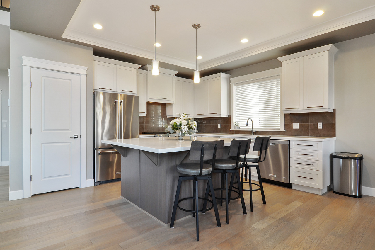 07 at 20529 84a Avenue, Willoughby Heights, Langley