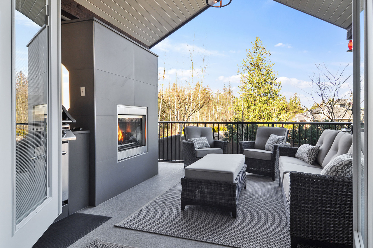 23 at 20529 84a Avenue, Willoughby Heights, Langley