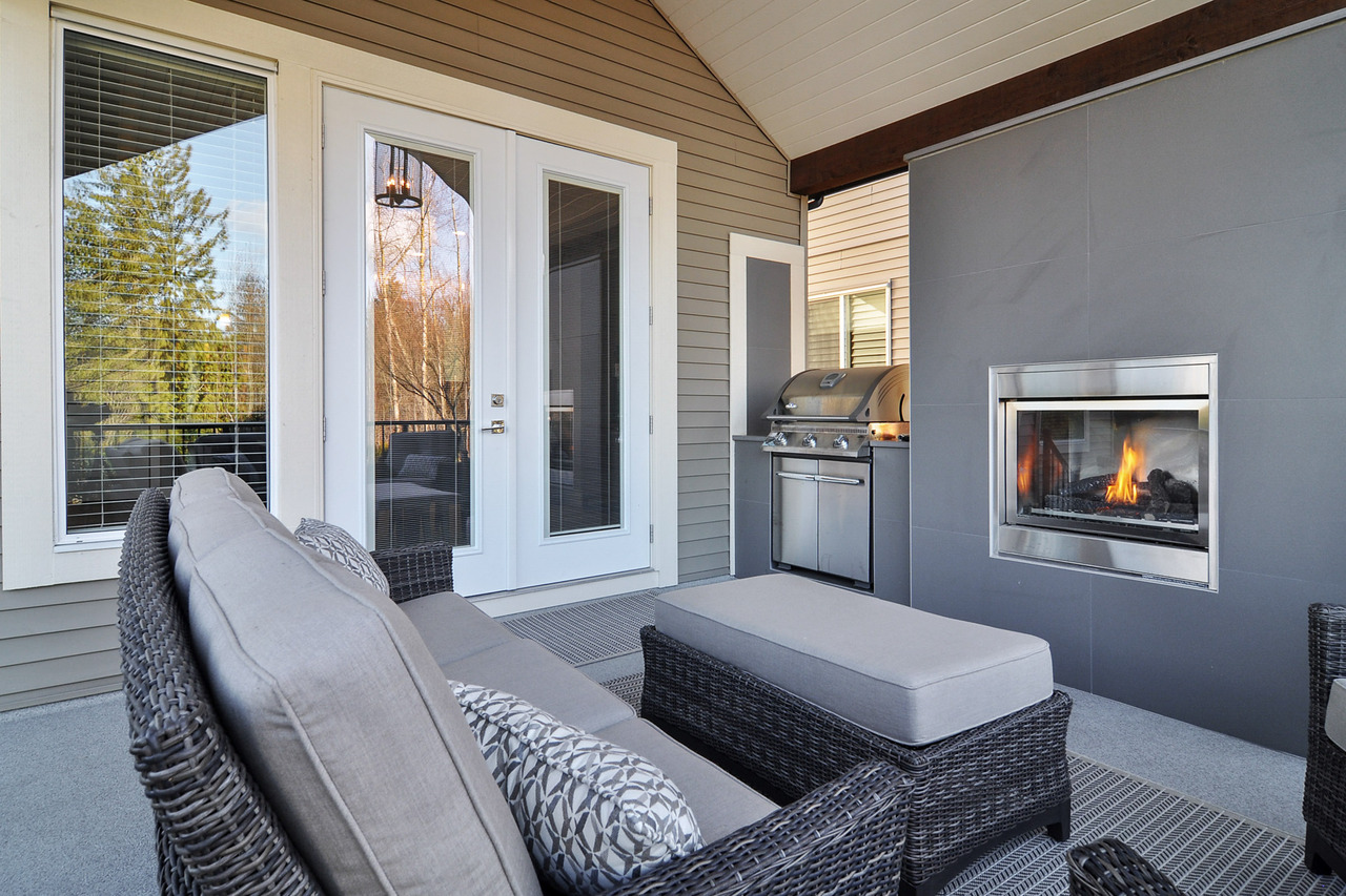 24 at 20529 84a Avenue, Willoughby Heights, Langley