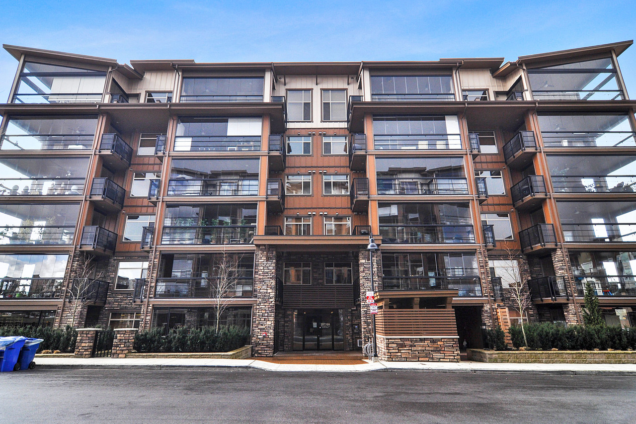 23 at A214 - 20716 Willoughby Town Centre Drive, Willoughby Heights, Langley