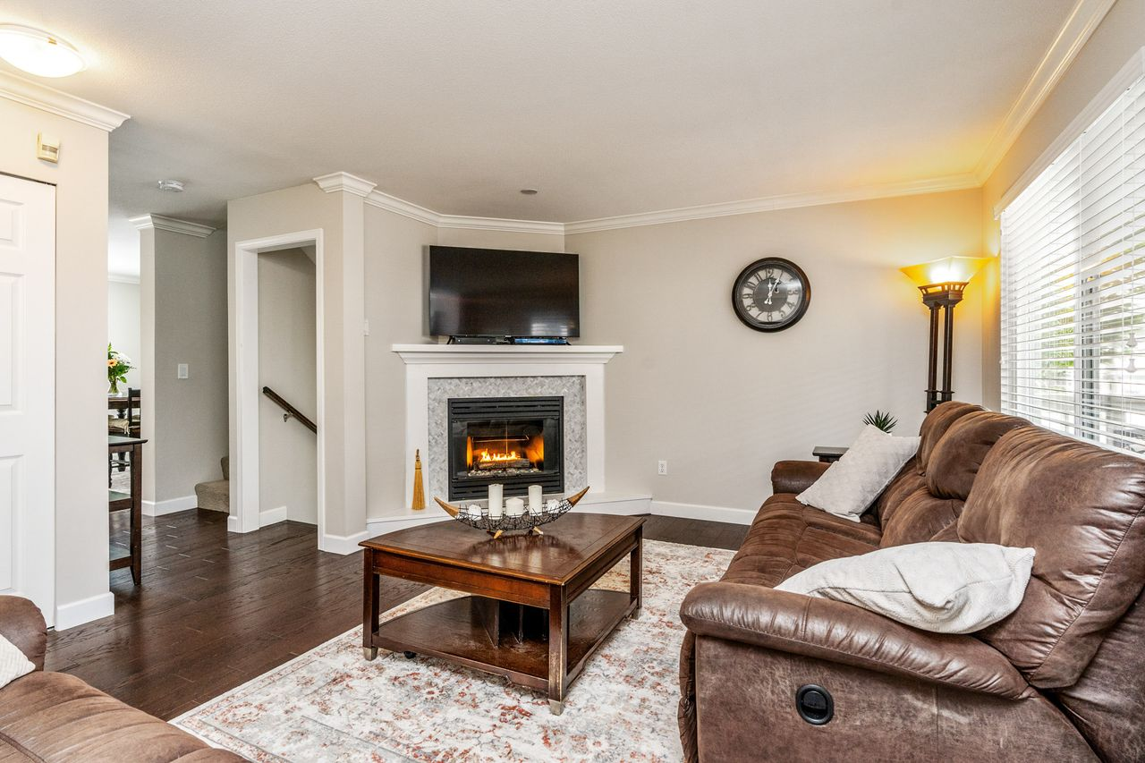 03 at 16 - 15355 26 Avenue, King George Corridor, South Surrey White Rock