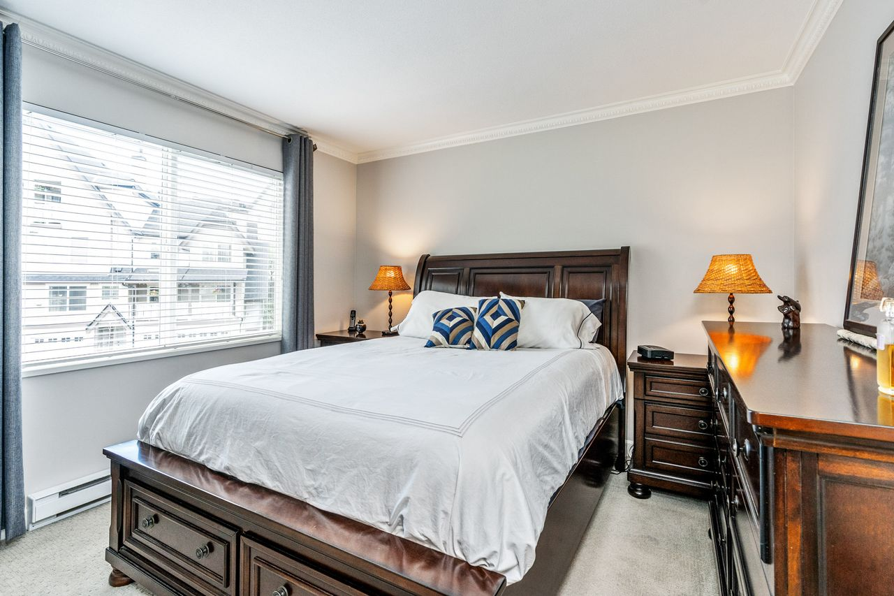 14 at 16 - 15355 26 Avenue, King George Corridor, South Surrey White Rock