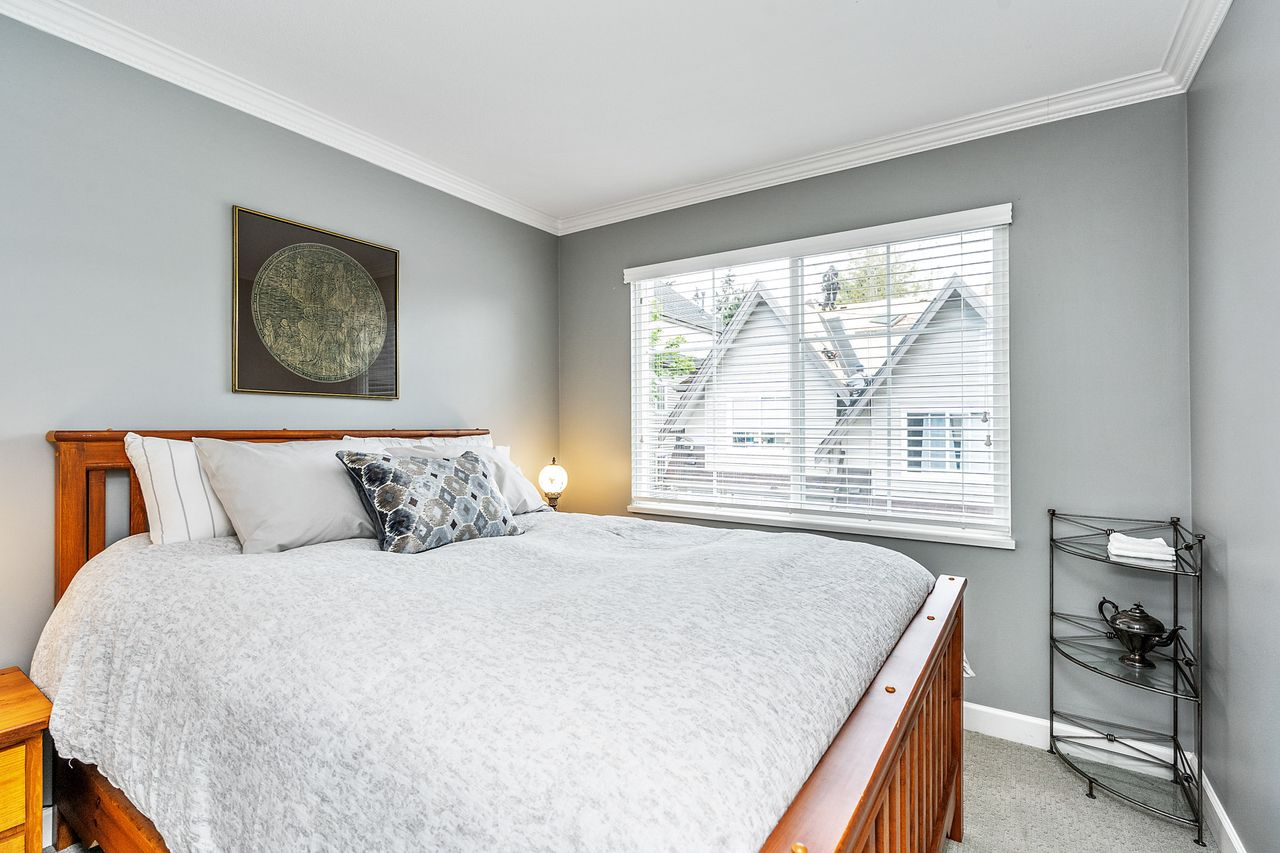 17 at 16 - 15355 26 Avenue, King George Corridor, South Surrey White Rock