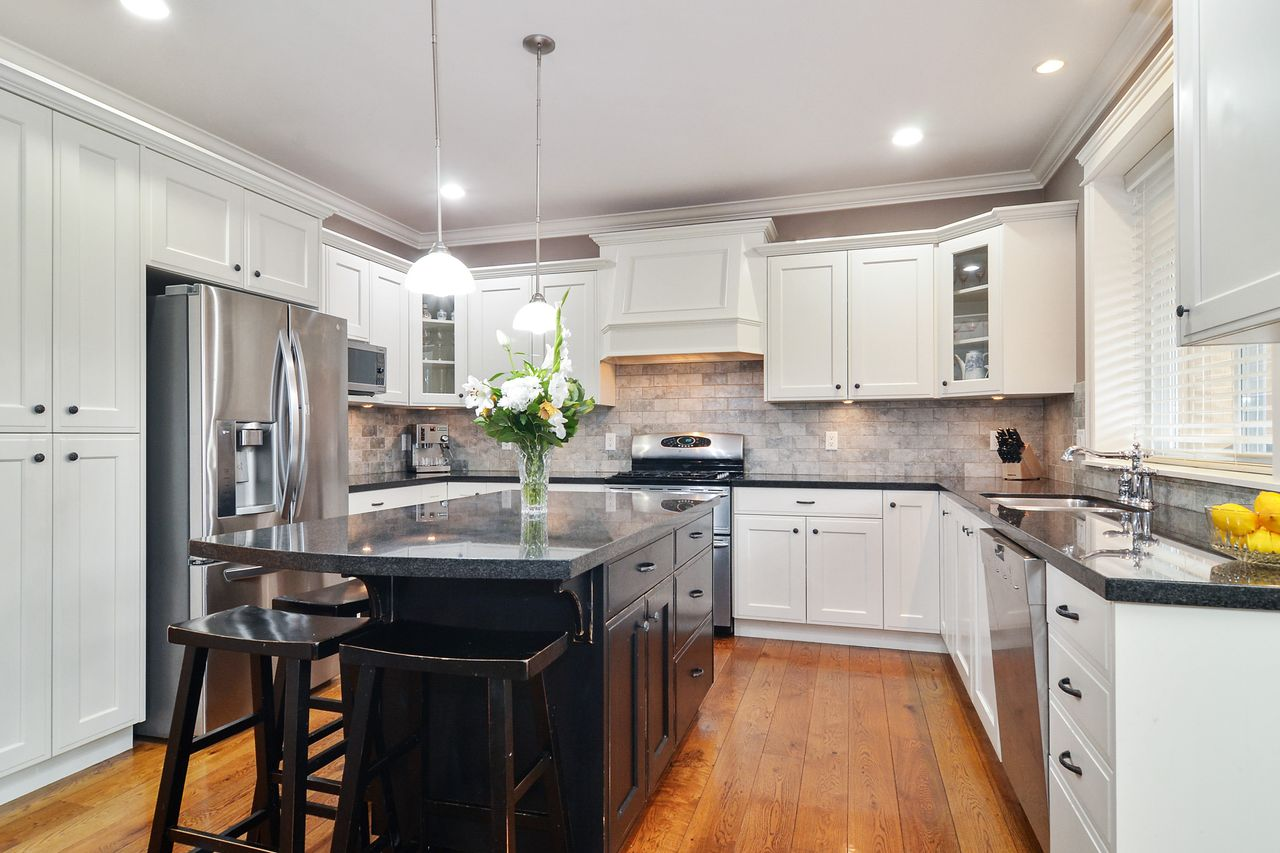 10 at 14830 34 Avenue, King George Corridor, South Surrey White Rock