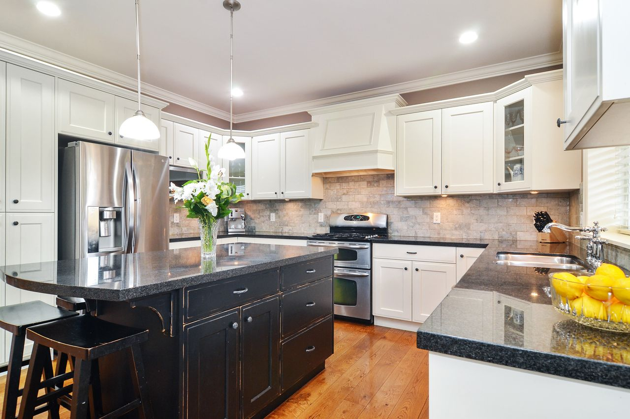 11 at 14830 34 Avenue, King George Corridor, South Surrey White Rock
