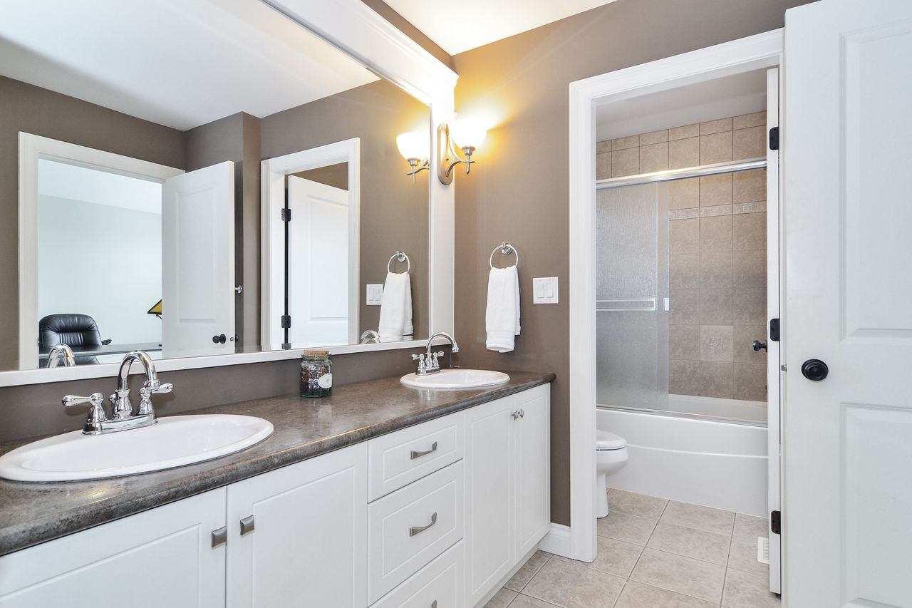 20 at 14830 34 Avenue, King George Corridor, South Surrey White Rock