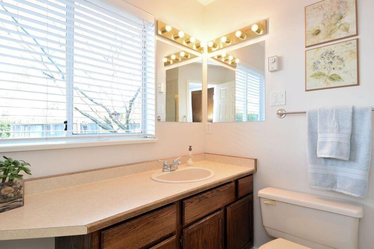 Bathroom at  16097 8 Avenue, South Surrey White Rock