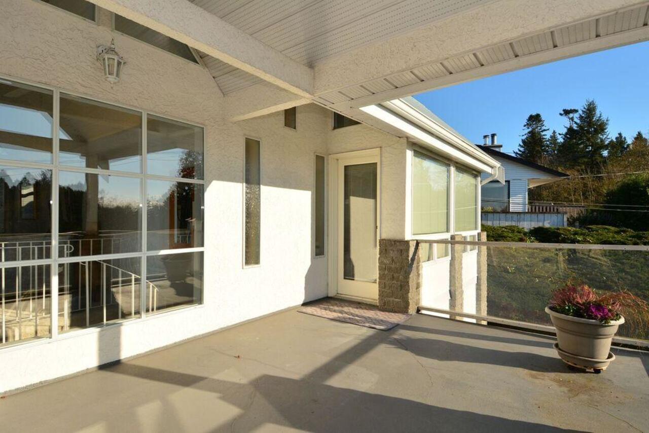 Deck at  16097 8 Avenue, South Surrey White Rock