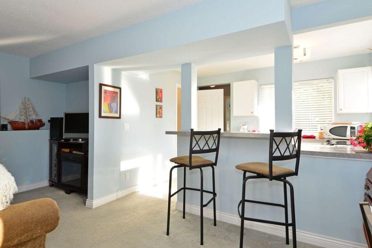 Suite at  16097 8 Avenue, South Surrey White Rock
