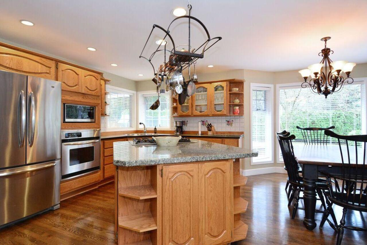 Kitchen at 13152 20a Avenue, Elgin Chantrell, South Surrey White Rock