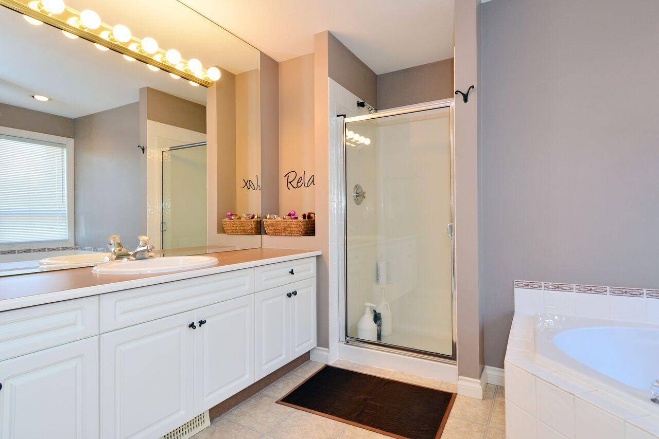 ensuite-1 at 12747 24 Avenue, Crescent Bch Ocean Pk., South Surrey White Rock