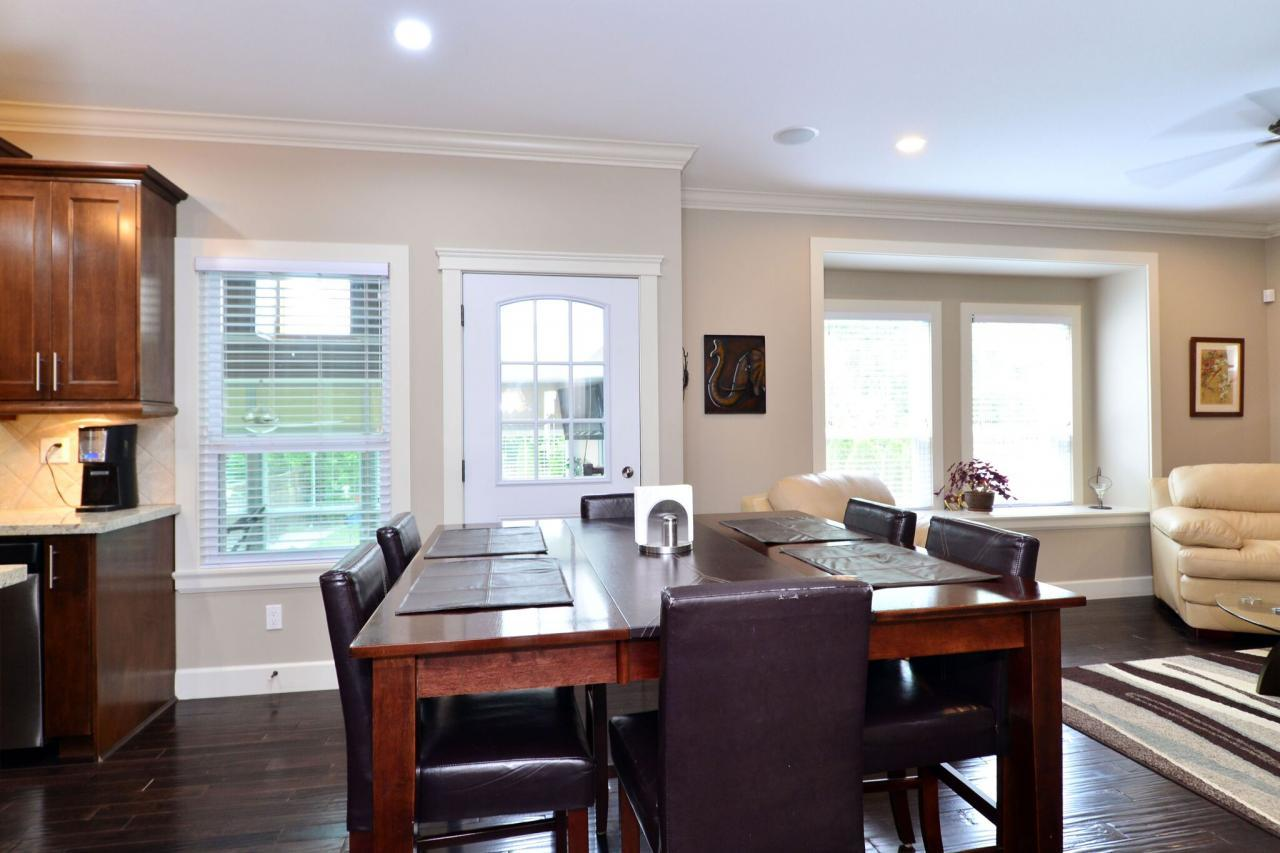 kitchen-nook at 17167 65 Avenue, Cloverdale BC, Cloverdale