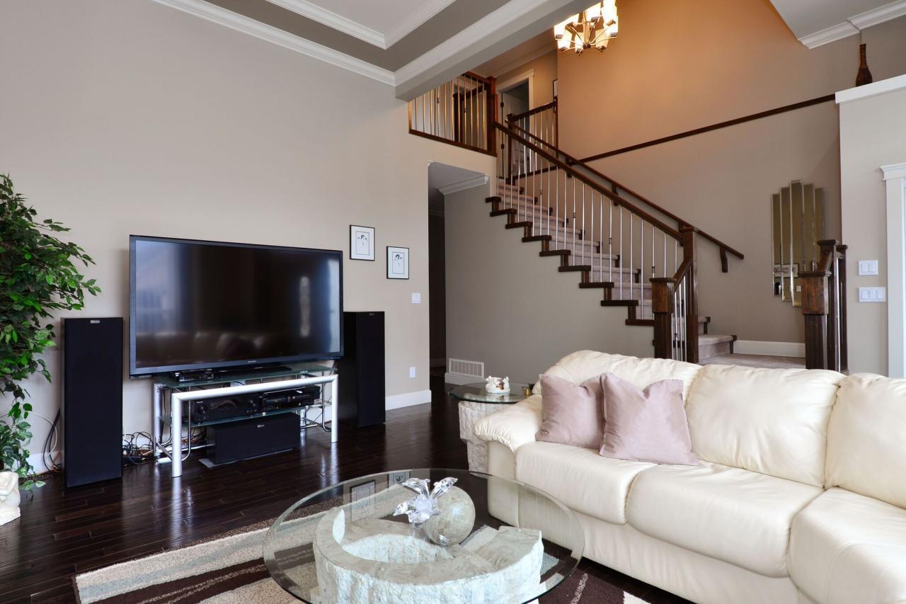 living-4 at 17167 65 Avenue, Cloverdale BC, Cloverdale