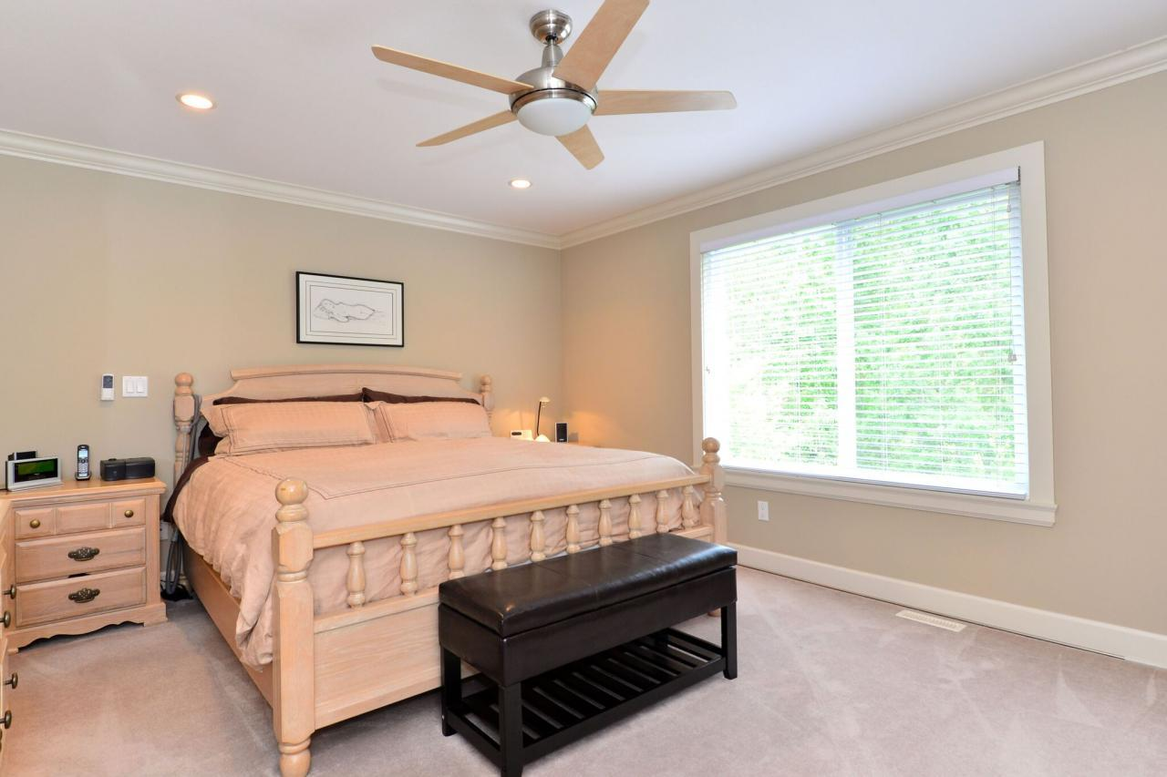 master at 17167 65 Avenue, Cloverdale BC, Cloverdale