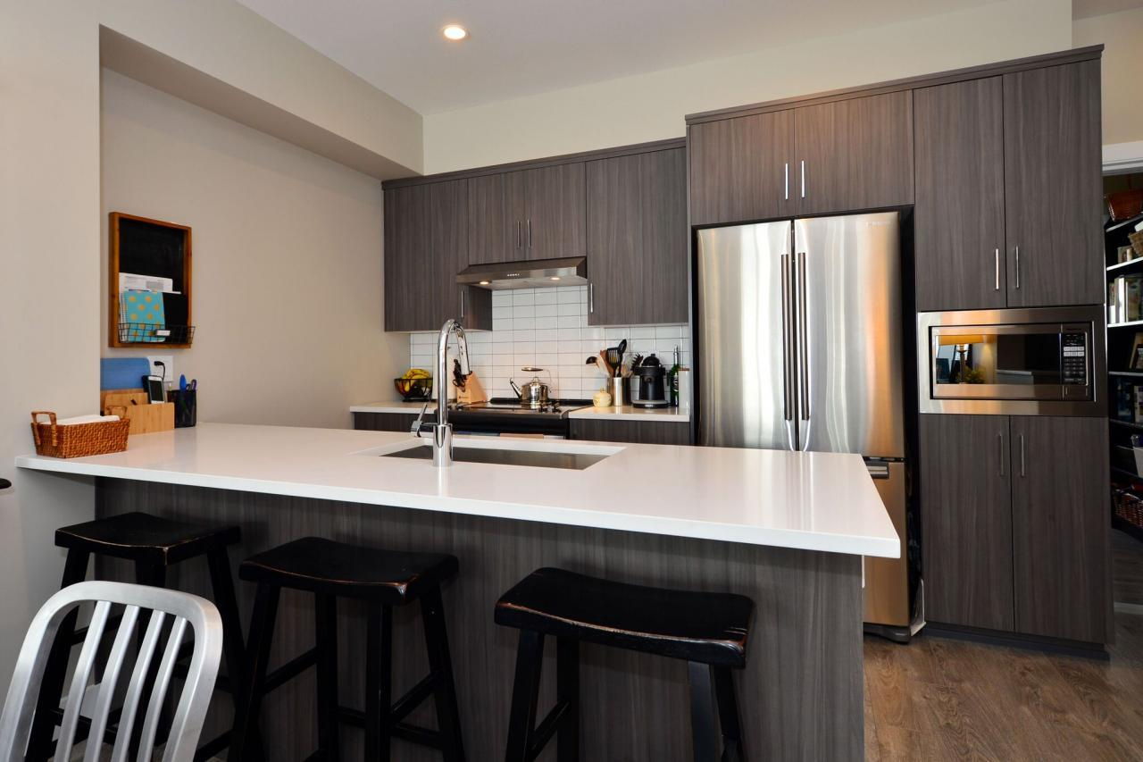 kitchen1 at 93 - 15588 32 Avenue, Grandview Surrey, South Surrey White Rock