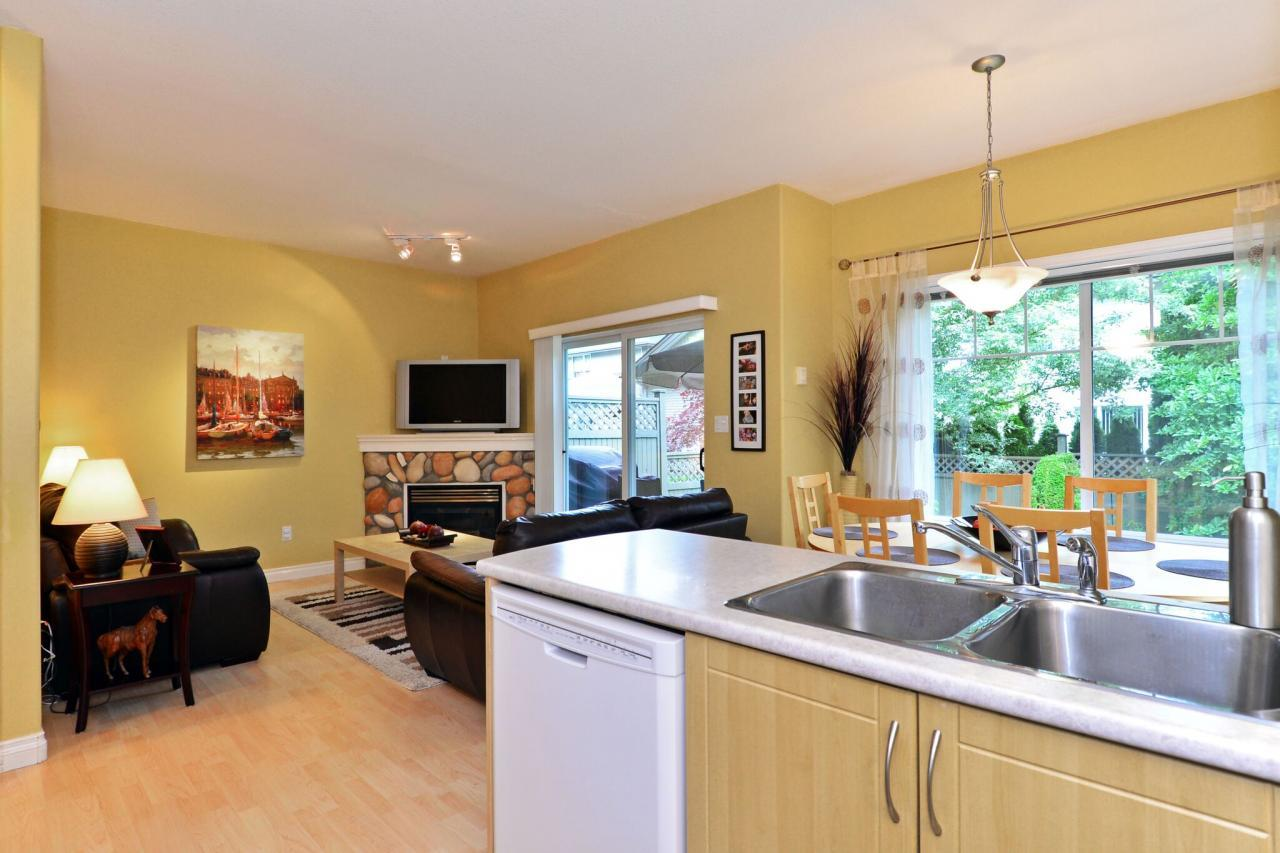 kitchen5 at 27 - 18181 68 Avenue, Cloverdale BC, Cloverdale