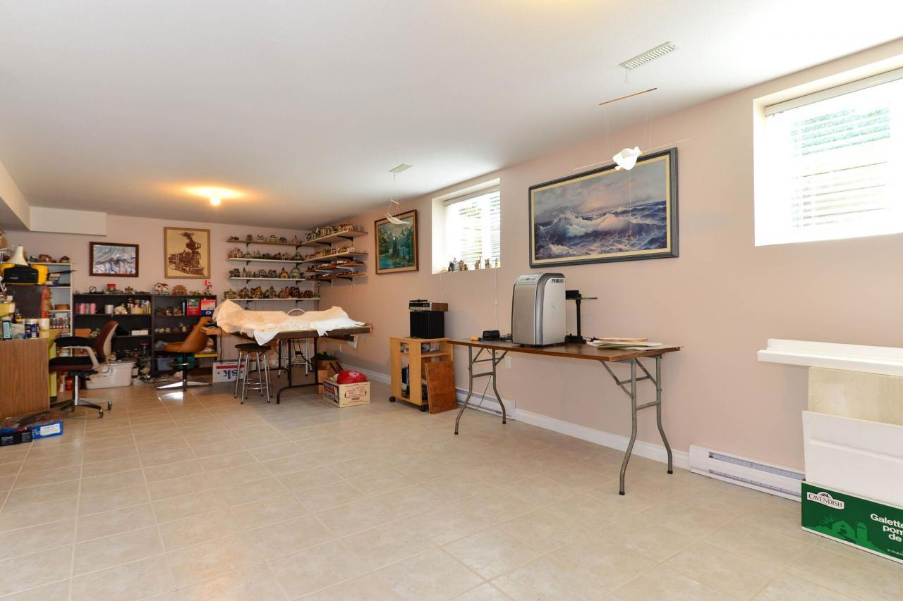basement at 2289 138a Street, Elgin Chantrell, South Surrey White Rock