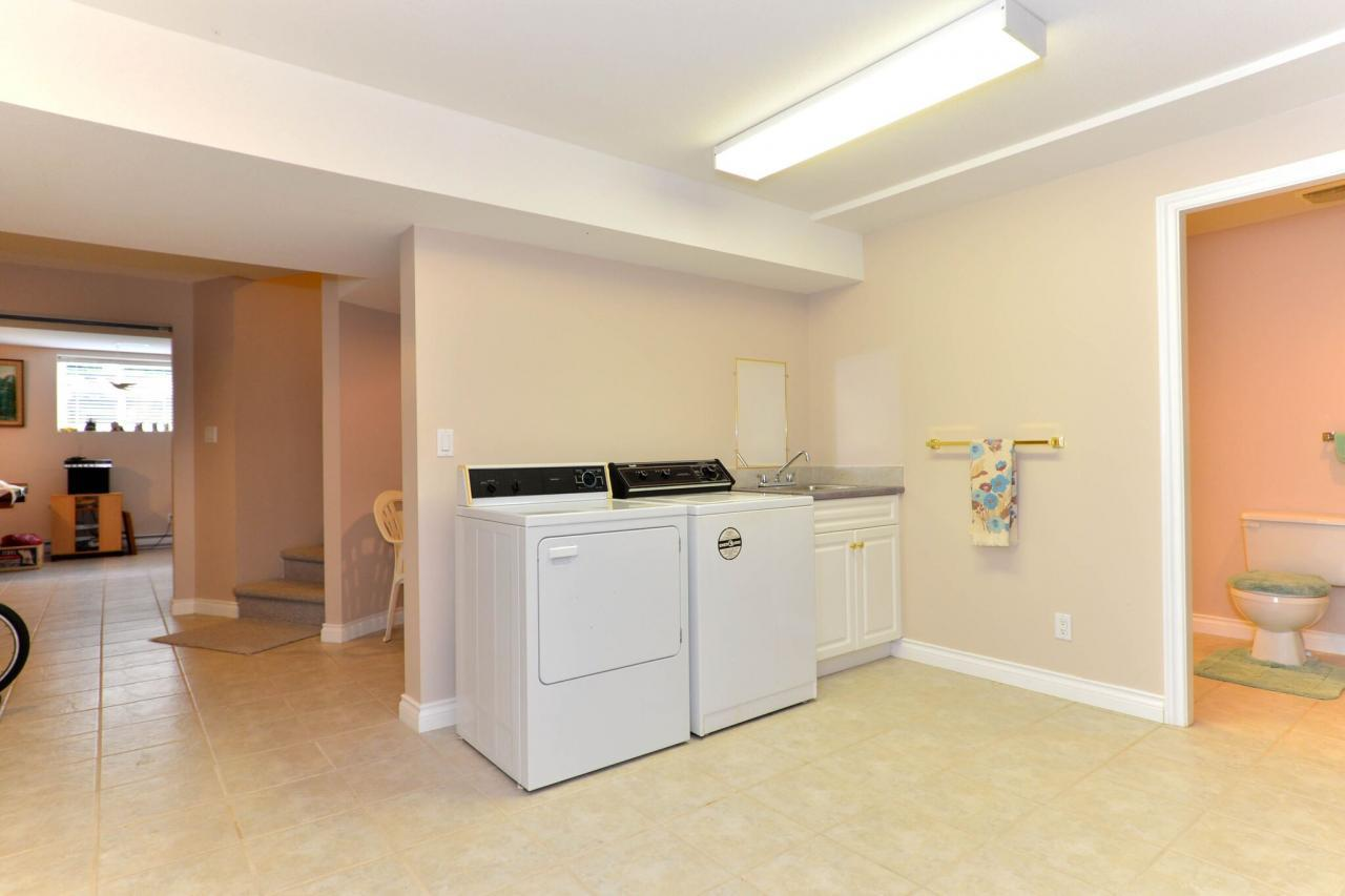 basement4 at 2289 138a Street, Elgin Chantrell, South Surrey White Rock