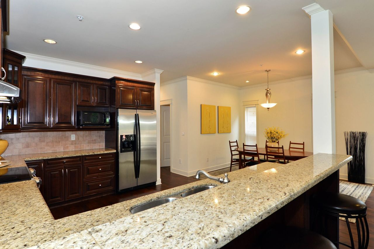 kitchen4 at 15573 Goggs Avenue, White Rock, South Surrey White Rock