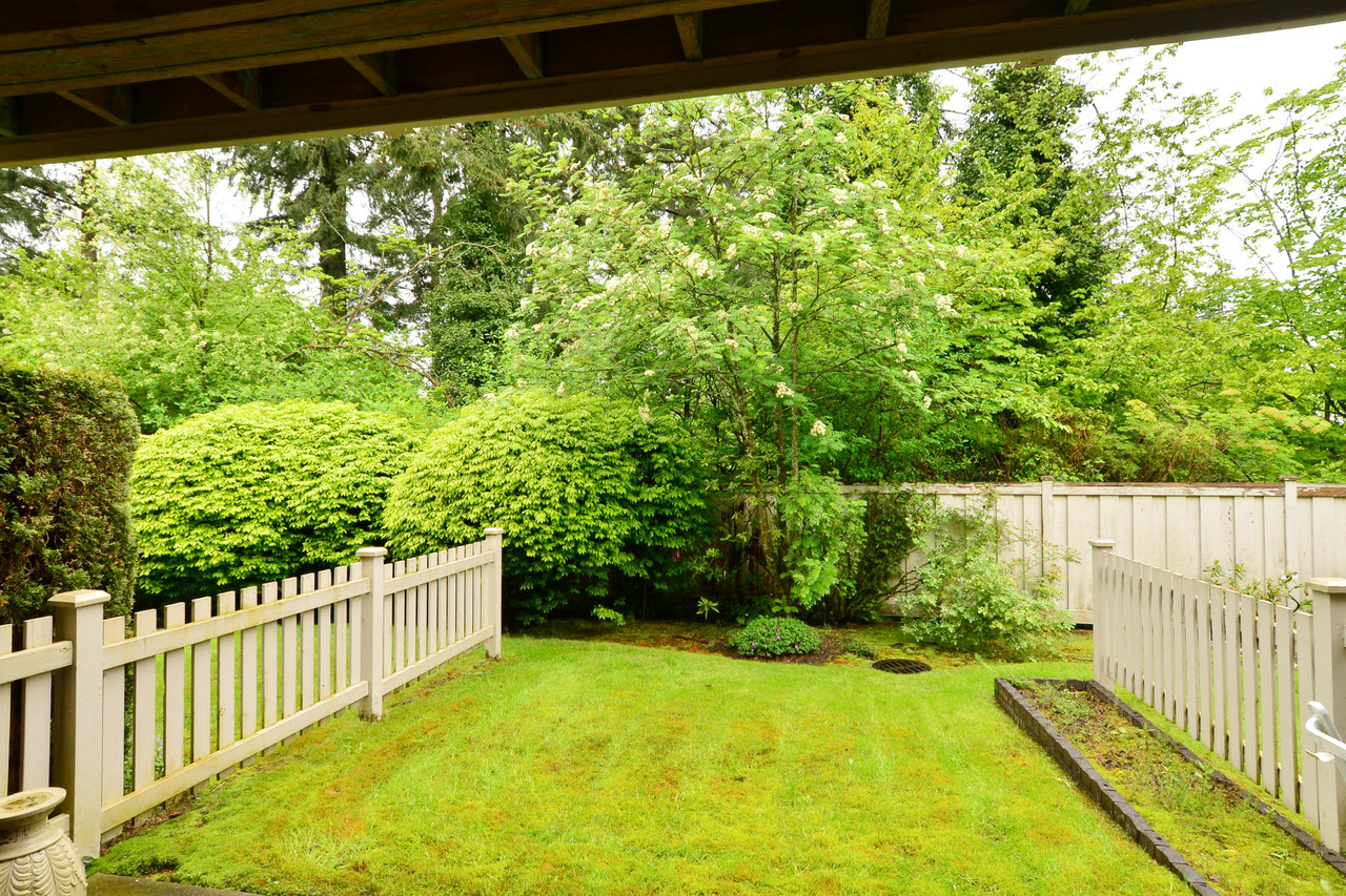 image-65-2588-152st-39 at 65 - 2588 152 Street, King George Corridor, South Surrey White Rock