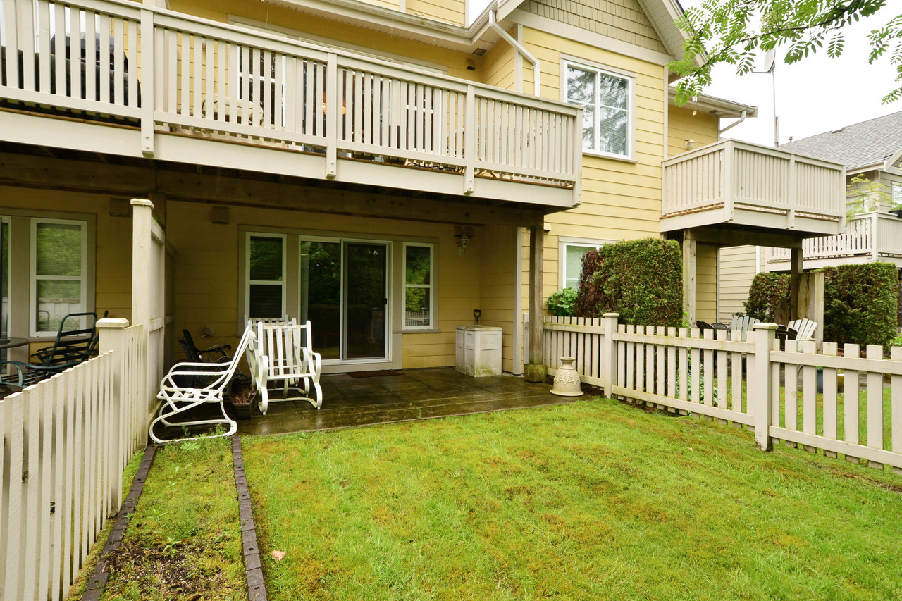 image-65-2588-152st-40 at 65 - 2588 152 Street, King George Corridor, South Surrey White Rock