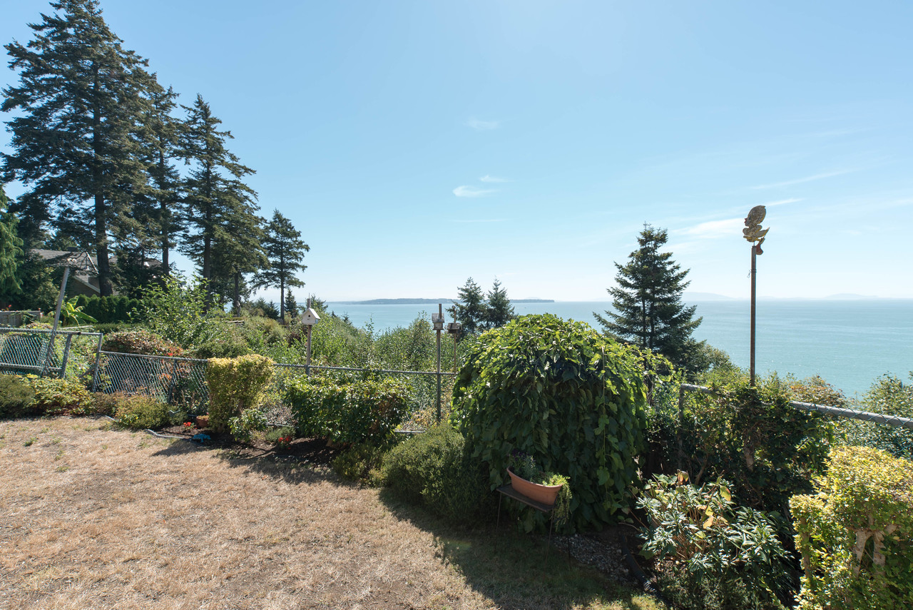 12816-13-ave-2-of-9 at 12816 13 Avenue, Crescent Bch Ocean Pk., South Surrey White Rock