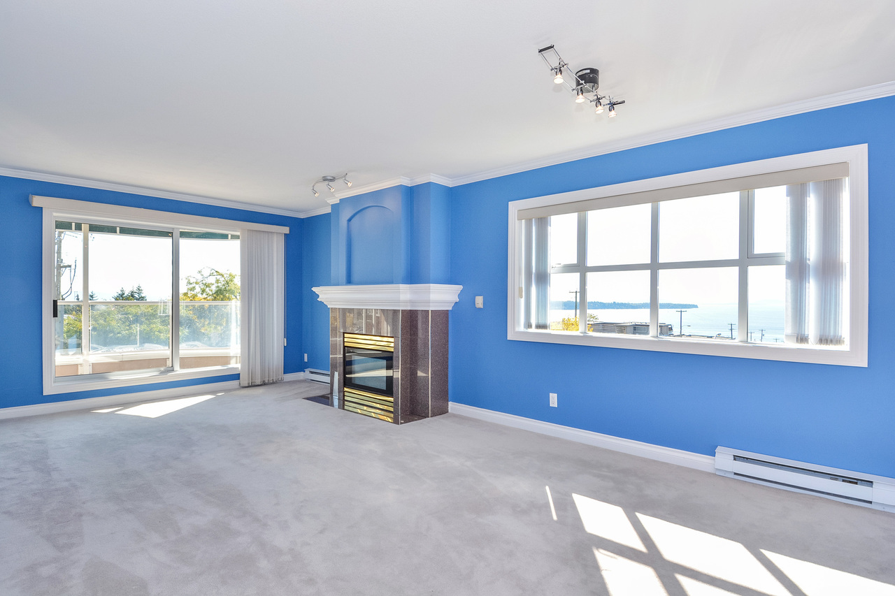 05 at 304 - 15284 Buena Vista Avenue, White Rock, South Surrey White Rock